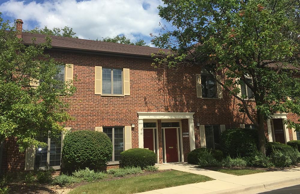 1440 Maple Avenue #4B  I  Lisle, IL